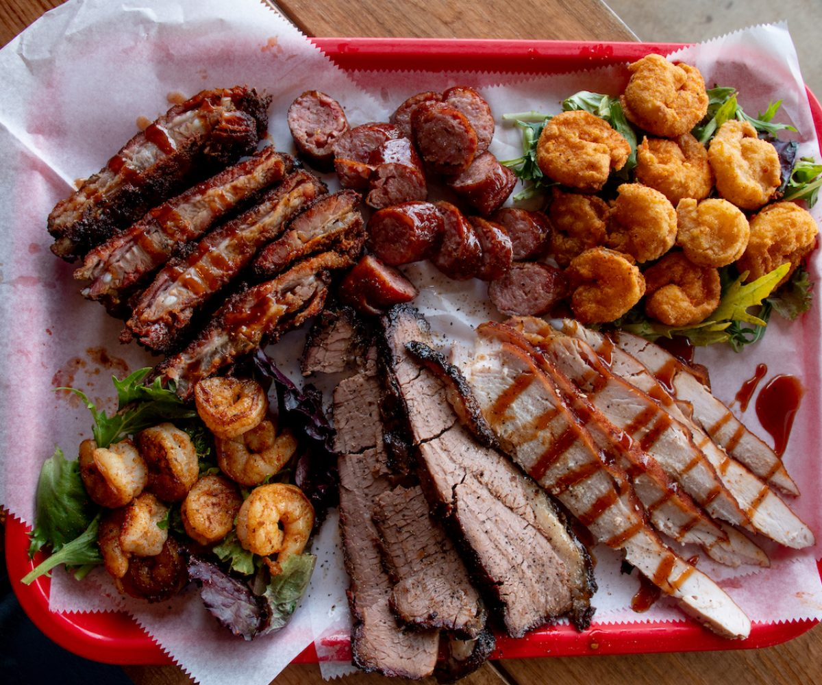 Buster'sBBQ-37